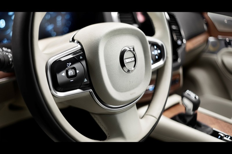 Interieur nieuwe volvo xc90 video 39 s for Interieur xc90