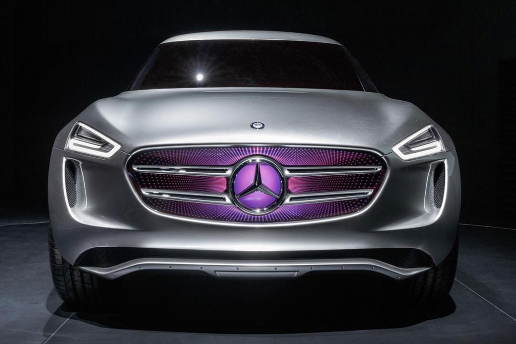 Mercedes benz g code heeft onzichtbare zonnecellen for Mercedes benz bluetooth code