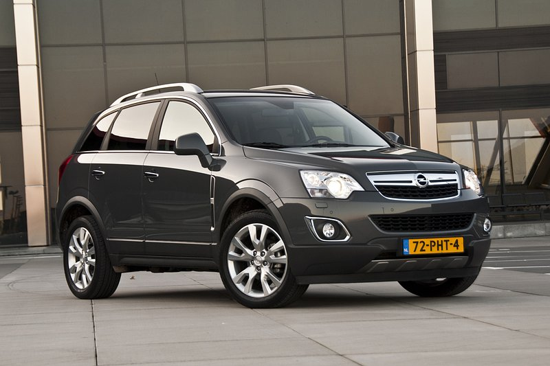 opel antara 2 4 cosmo 4x4 autotest. Black Bedroom Furniture Sets. Home Design Ideas