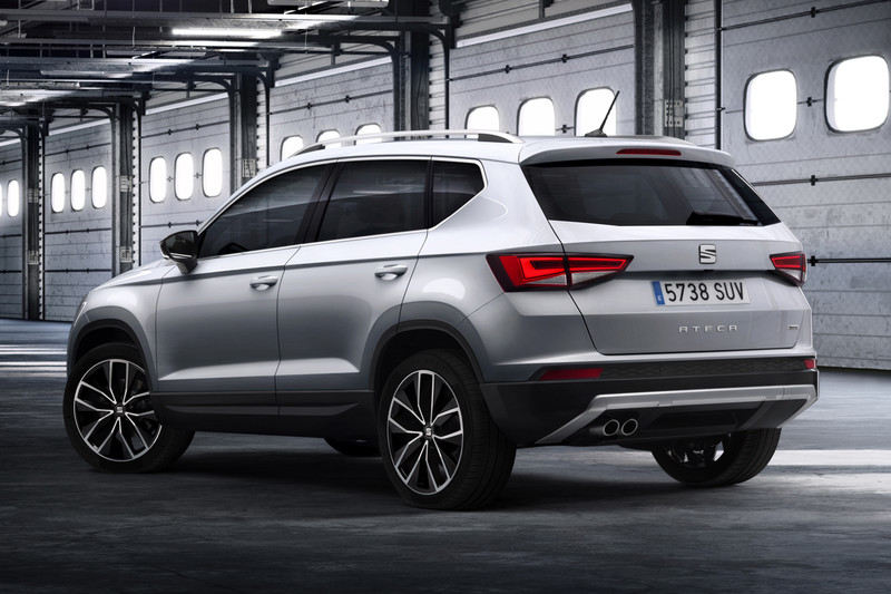 seat onthult zijn eerste suv ateca autonieuws. Black Bedroom Furniture Sets. Home Design Ideas