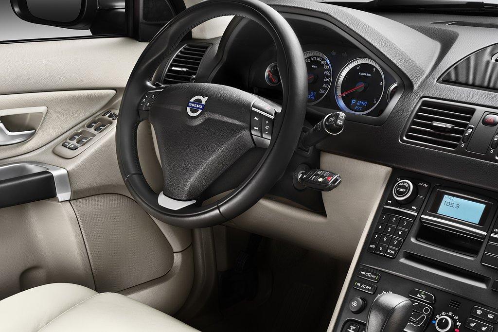 Volvo xc90 bijgepunt autonieuws for Auto interieur vernieuwen