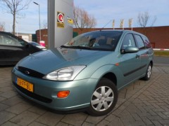 Ford Focus - Wagon 1.4-16V Ambiente
