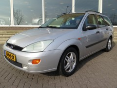 Ford Focus - 2.0 16V WAGON + AIRCO