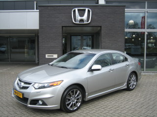 Accord 2.0i Elegance Sedan Automaat