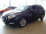 Hyundai i40 Wagon 1.7 CRDi Blue Essence. In de kleuren Phantom Black en Platinum Silver UIT
