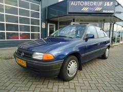 Opel Astra - 1.4i L Incl.