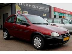 Opel Corsa - 1.4i Swing, Stuurbekrachtiging! Schuifdak, Nette Staat