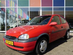 Opel Corsa - 1.7D STRADA / * APK TOT 9-2015* / RADIO-CD