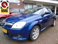 Opel Tigra - TwinTop 1.8-16V Sport AIRCO-LMV-1/2LEDER-RADIO/CD-42714 KM