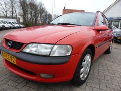 Opel Vectra - wagon 1.6i-16V GL Young