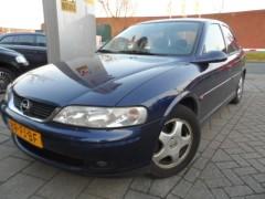 Opel Vectra - 1.6-16V GL