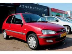 Peugeot 106 - 1.5 D Accent 3 DRS, Stuurbekrachtiging, NAP!! Nette Auto