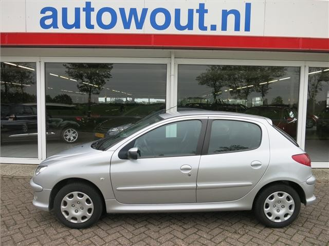 2009 peugeot 206 1 4 related infomation specifications