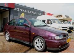 Seat Cordoba - 1.6i 100PK SX, Stuurbekrachtiging, Xenon, LED, Leuke Auto