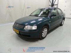 Volkswagen Passat - 1.6 Sedan Airco