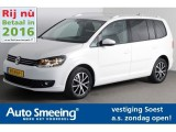 Volkswagen Touran 1.2 TSI Highline BlueMotion Executive Navigatie [A.S. Zondag Open!]
