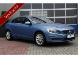 Volvo S60 T3 Momentum Automaat Xenon Navi Pdc Stuurflippers