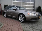 Volvo V70 D5 AWD KINETIC Automaat Navi Drivers Support