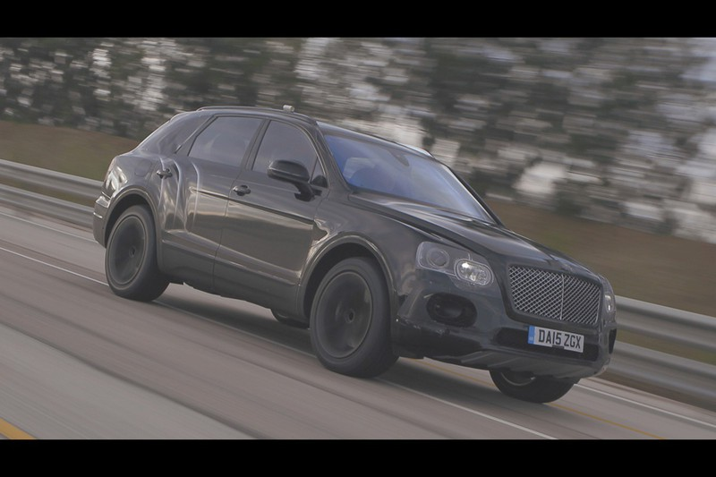 Bentley Bentayga in actie