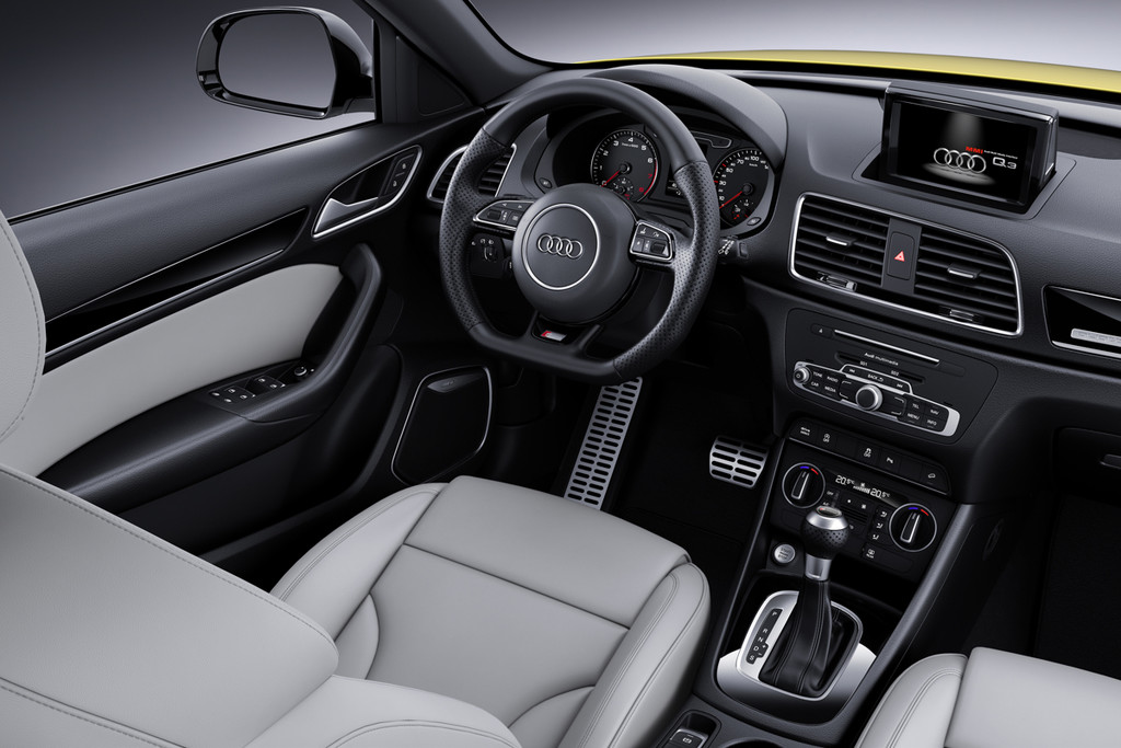 Update audi q3 plus nieuwe uitvoering autonieuws for Audi q3 photos interieur