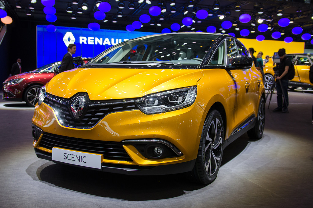 autosalon gen ve 2016 renault sc nic fotoreportages. Black Bedroom Furniture Sets. Home Design Ideas