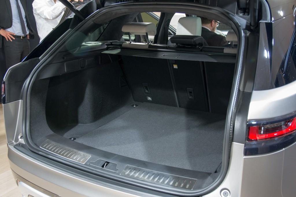 Prijs voor mooiste interieur van de show gaat naar Range Rover Velar ...