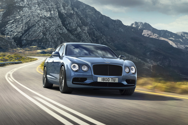 Bentley Flying Spur W12 S doorbreekt 200 mijl/uur-grens