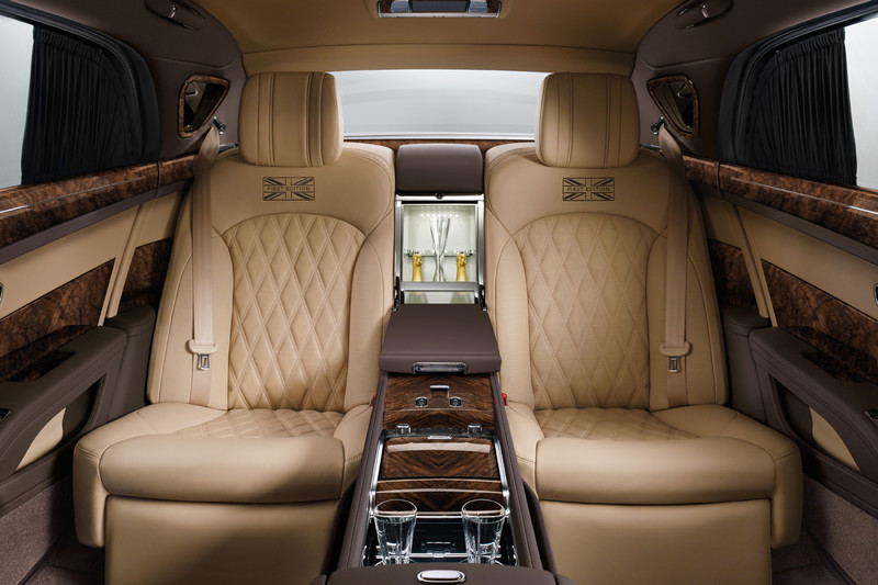 Bentley Mulsanne First Edition én Bentayga by Mulliner in Beijing onthuld