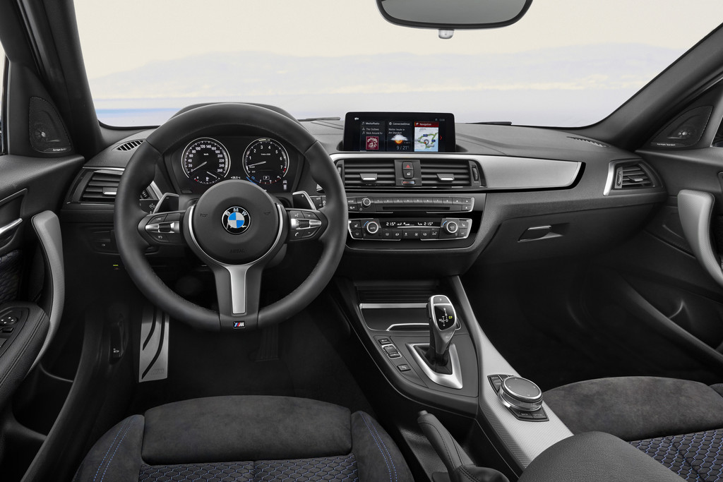 bmw serie 1 interieur 28 images bmw serie 1 interieur photos bmw serie1 coupe interieur. Black Bedroom Furniture Sets. Home Design Ideas