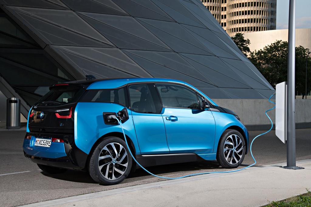 Ik Wil Een Elektrische Auto Waar Krijg Ik Mee Te Maken