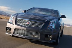 Cadillac CTS-V Coupe 2011 voorzijde actie