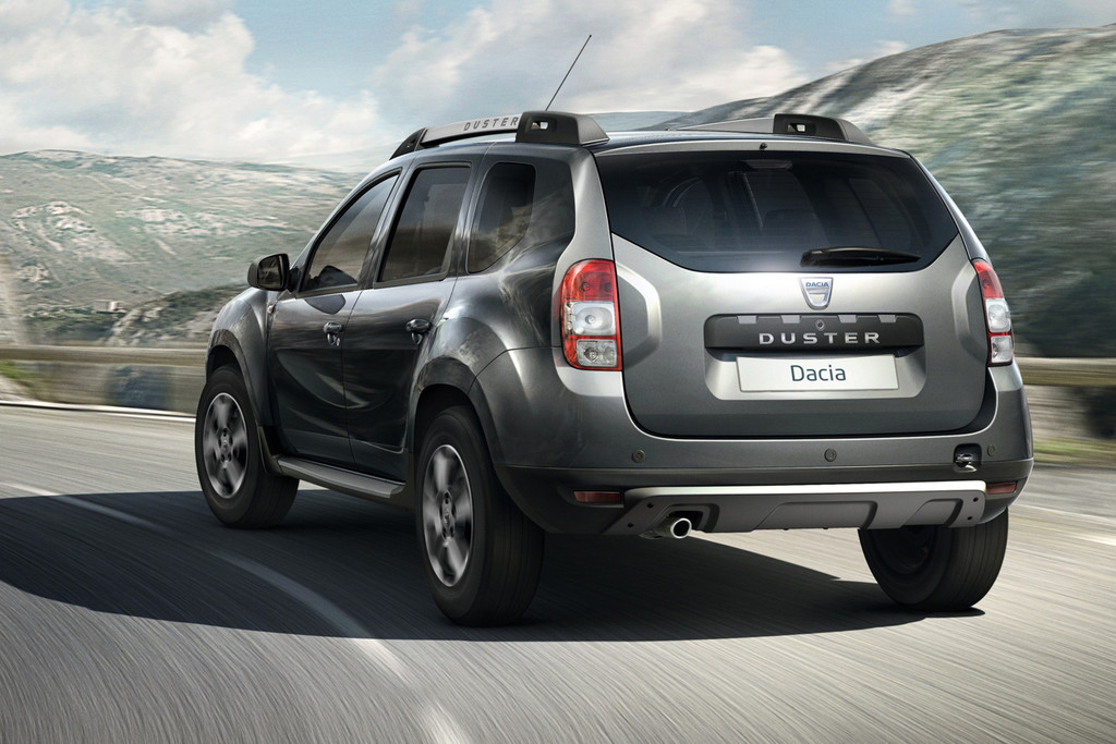 dacia duster 2014 fotoreportages. Black Bedroom Furniture Sets. Home Design Ideas