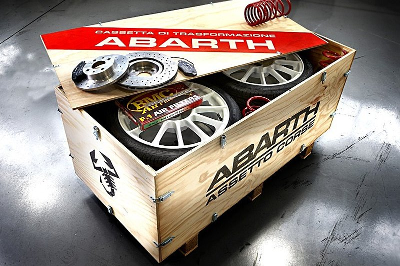 Abarth Punto Evo en 500C Esseesse in de maak