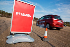 Ford - Driving Skills for Life 2015 - rijtraining