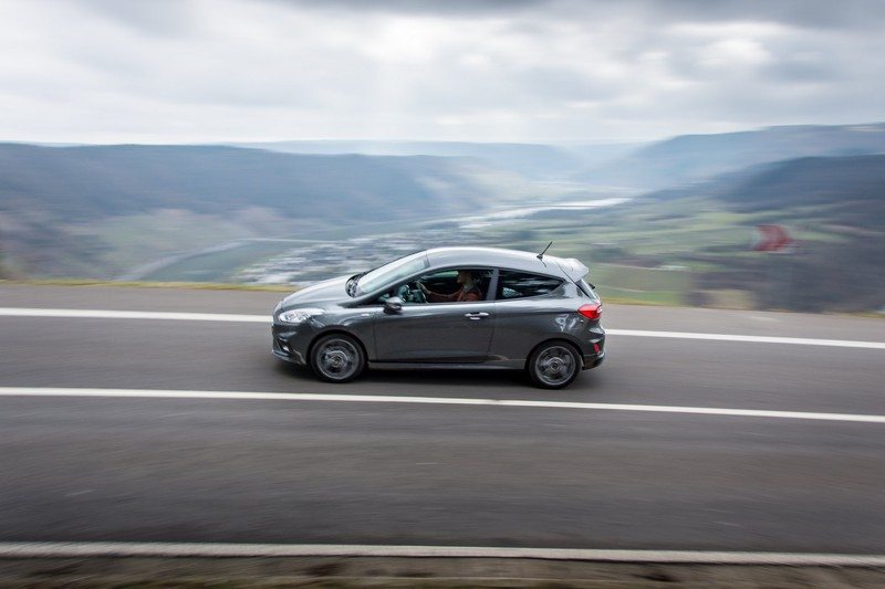 Ford Fiesta ST-Line: buckle up, hairpins!