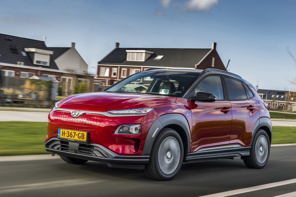 Vernieuwde Hyundai Kona Electric rijdt weer iets verder