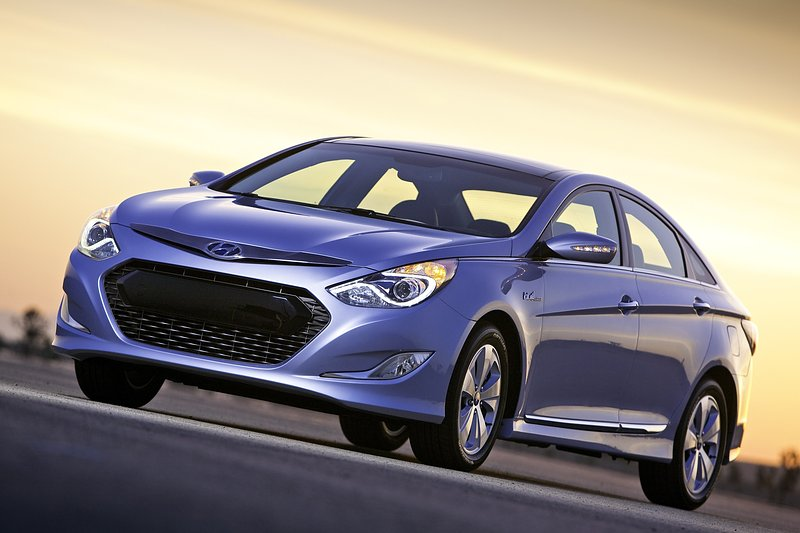 Hyundai onthult Sonata Hybrid in New York