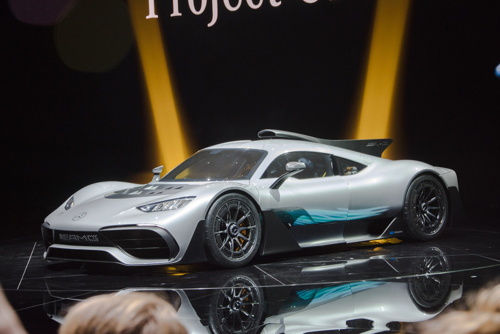 In 6 Seconden Van 0 200 Km U Mercedes Amg Project One Autonieuws