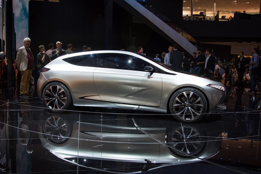 Verwacht Meer Dan Tien Elektrische Mercedessen In 2022 Autonieuws