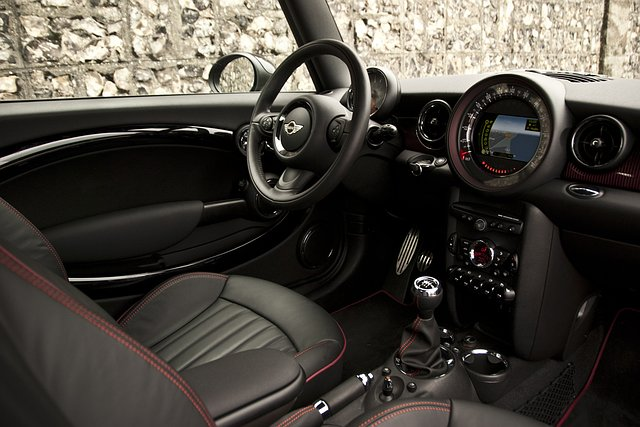 test mini clubman 2011. Black Bedroom Furniture Sets. Home Design Ideas