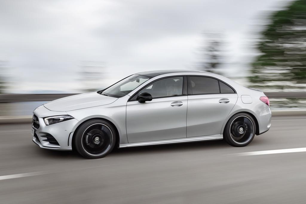 Nieuws Mercedes Benz A Klasse Limousine Onthuld Autokopen Nl