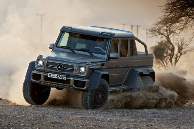 vergeet 4x4 hier is de mercedes benz g63 amg 6x6. Black Bedroom Furniture Sets. Home Design Ideas
