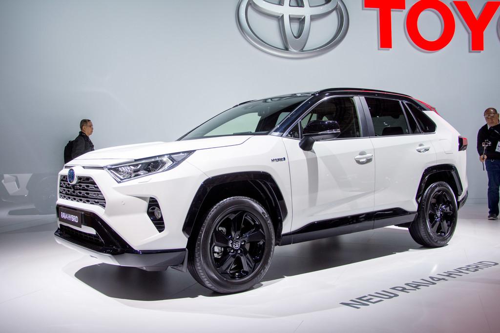 Autosalon Parijs 2018 Toyota Rav4 Hybrid