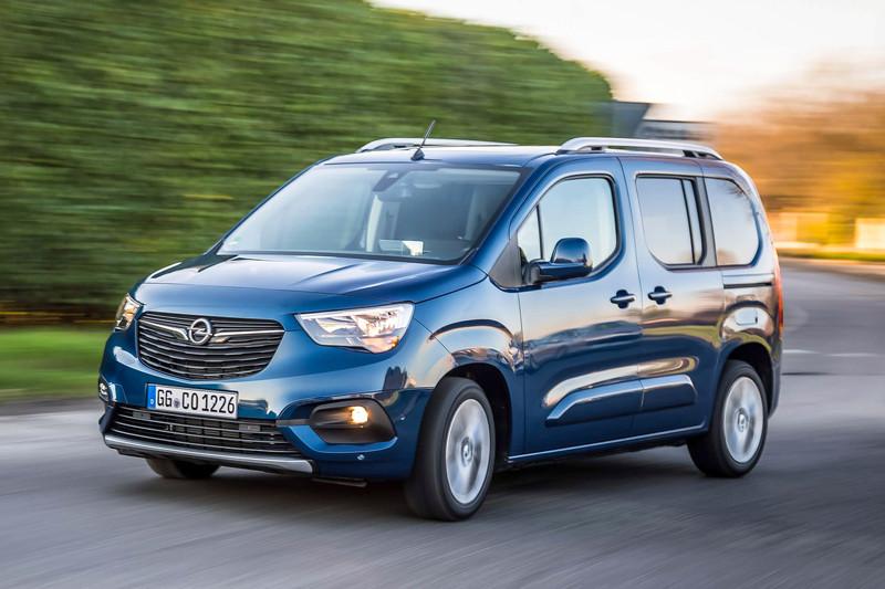 Opel Combo Tour met 130 pk sterke 1.2 benzinemotor in prijslijst