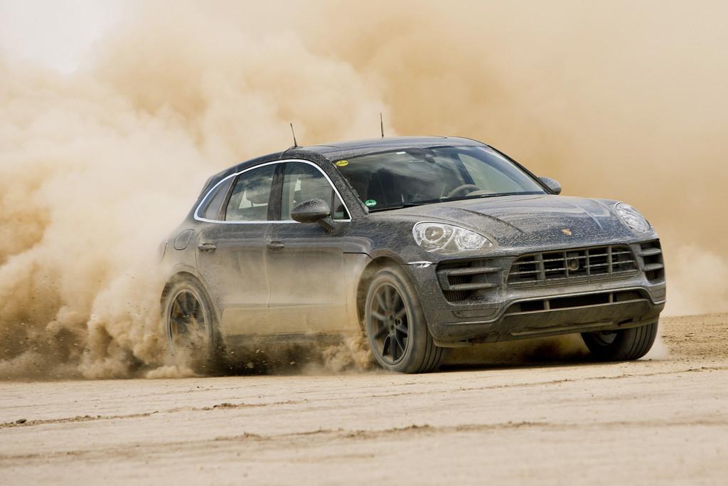 Porsche Macan Niet Bang Voor Modder Autonieuws Autokopen Nl