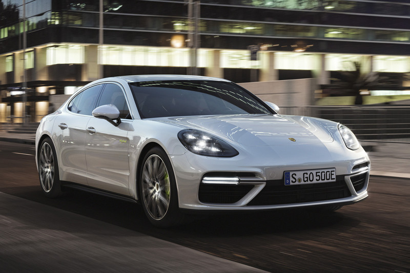 porsche panamera turbo s e hybrid de snelste is nu een hybride autonieuws. Black Bedroom Furniture Sets. Home Design Ideas