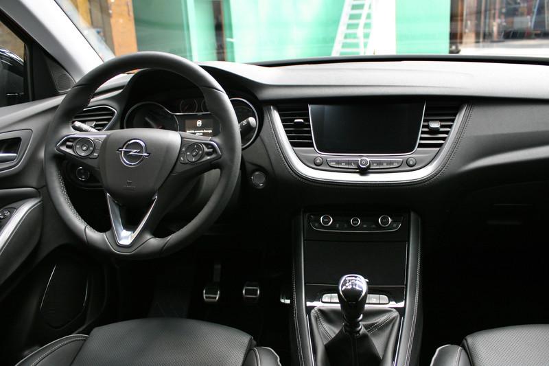Opel grandland x 2018 autoforum for Interieur opel grandland x