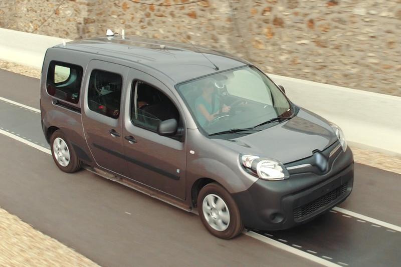 Deze Renault Kangoo Z E Kan Draadloos Opladen Tijdens Het Rijden