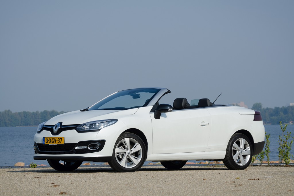 test renault m gane coup cabriolet 2014. Black Bedroom Furniture Sets. Home Design Ideas
