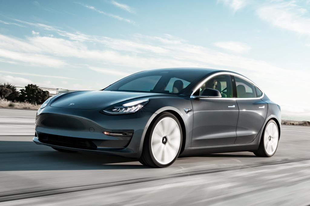 Tesla zet goedkopere uitvoering Model 3 in prijslijst